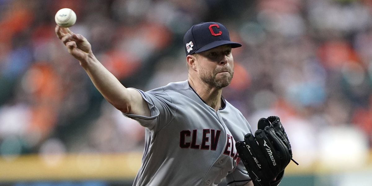 Indians trade 2-time Cy Young Award winner Corey Kluber to Rangers