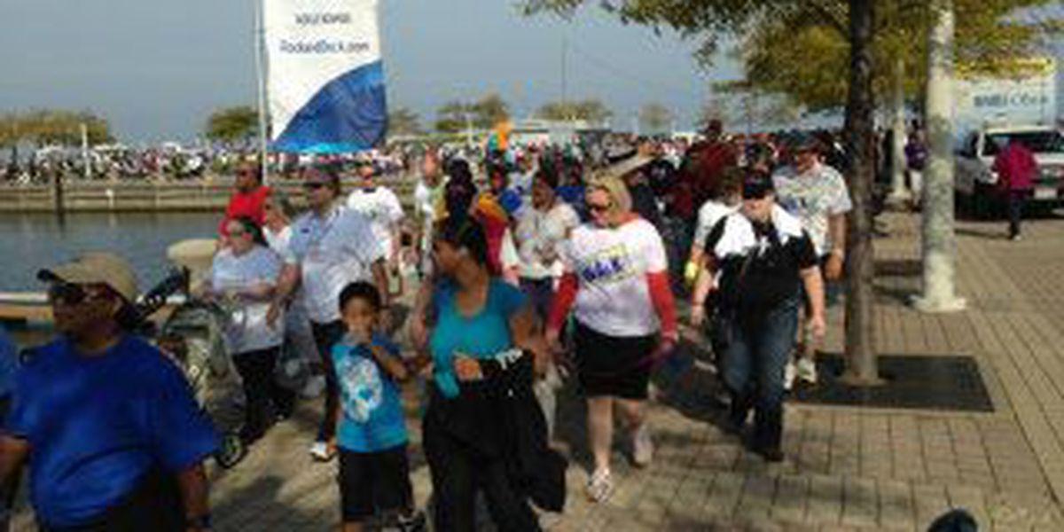 National Alliance on Mental Illness dedicates walk to Robin Williams