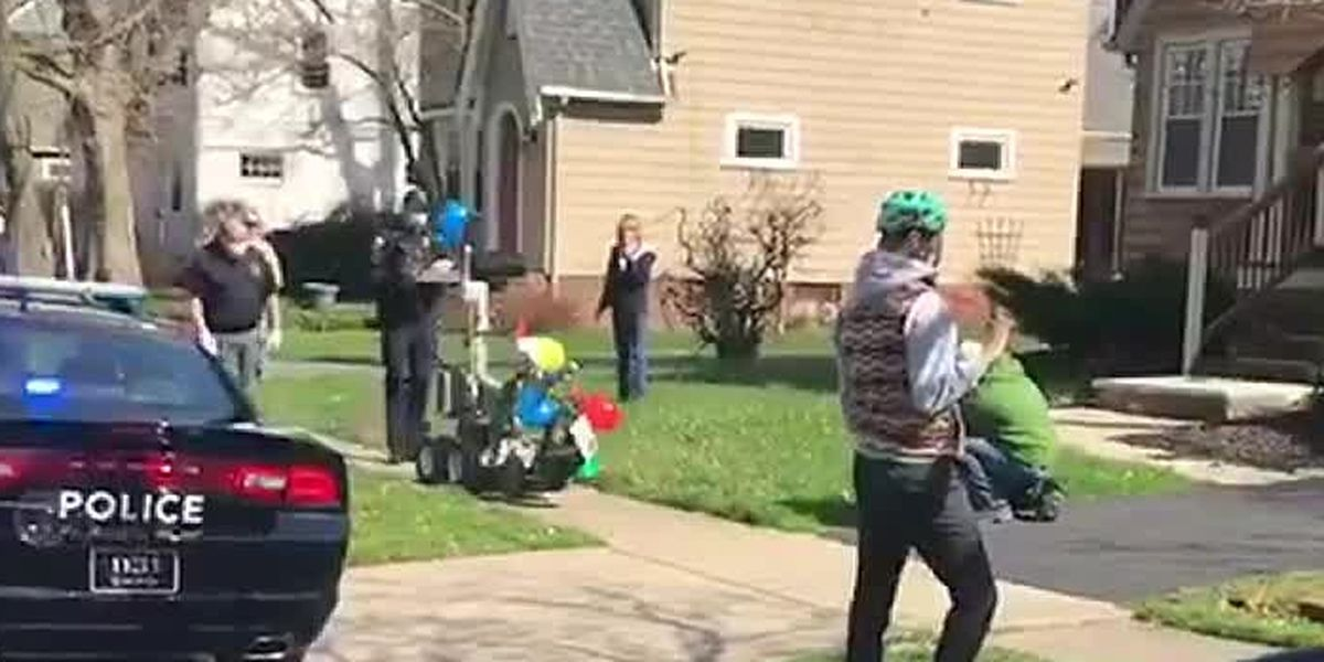 Cleveland Heights Police and Fire put on parade to celebrate 7-year-old boy's birthday after losing his father