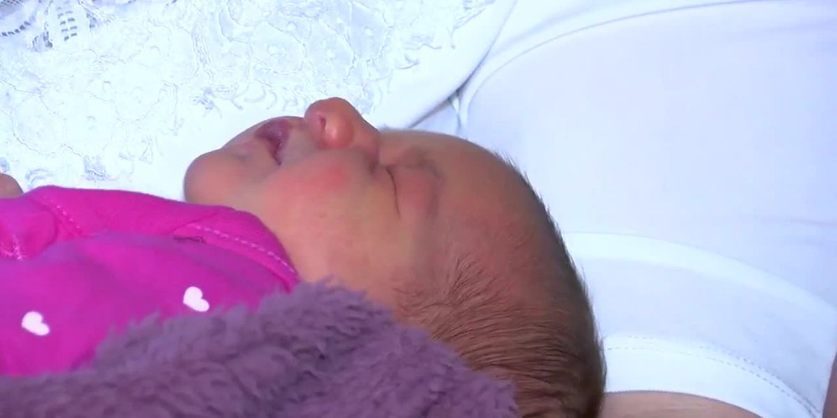 'I think it's coming!': Massillon dad delivers baby in family kitchen