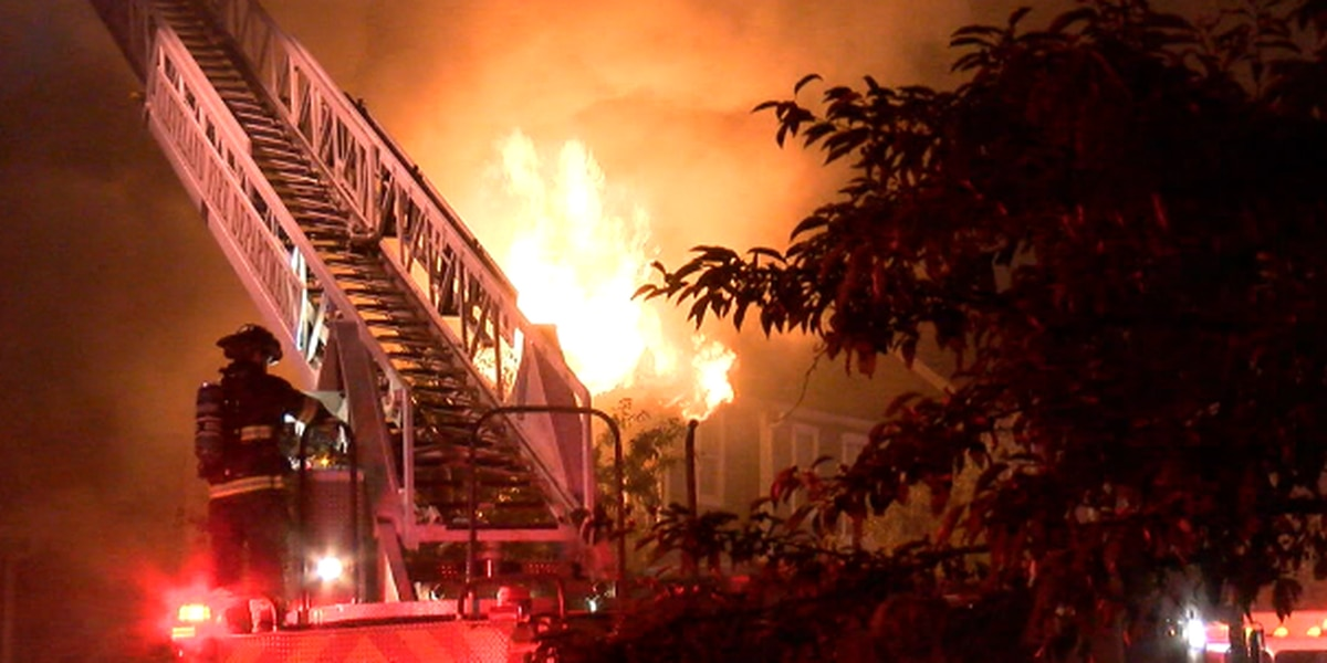 Police searching for arson suspect in Cleveland fire, victims say 911 put them on hold