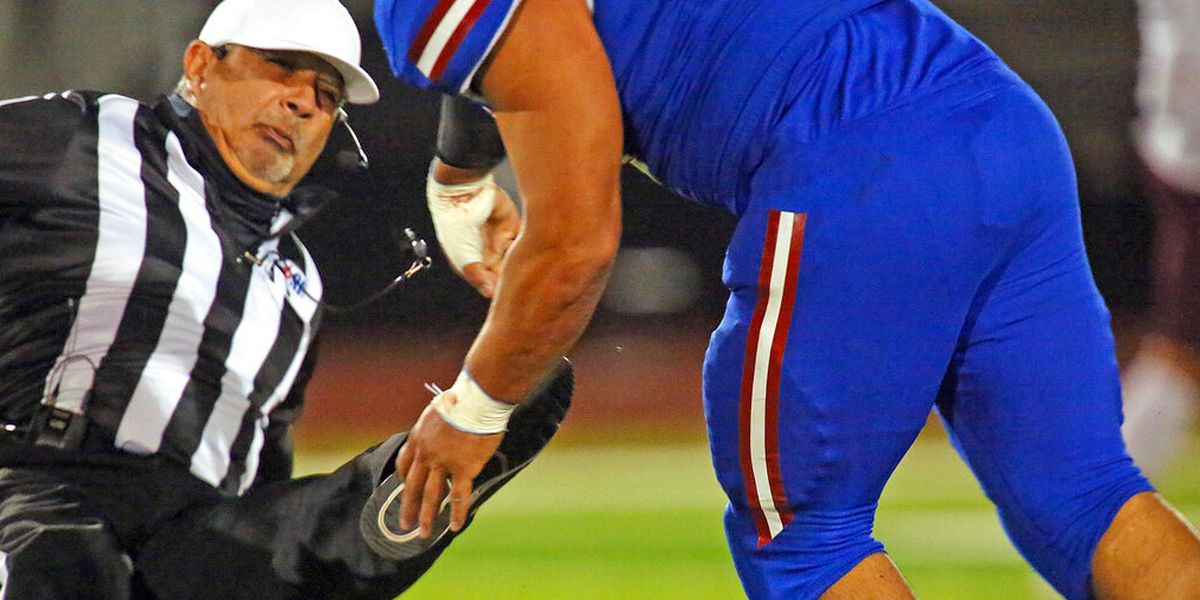 Texas prep football player attacks referee, charged with assault