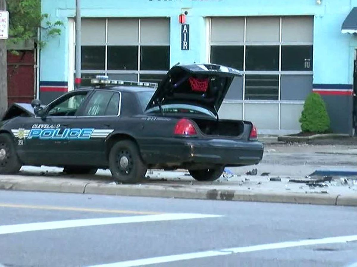 Cleveland Police officer-involved accident sends 2 people to the hospital