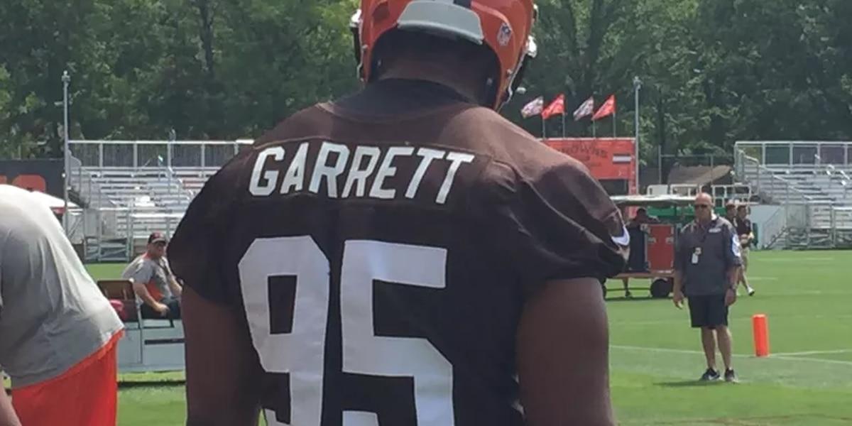 Browns DE Myles Garrett says Kevin Durant 'broke the league'