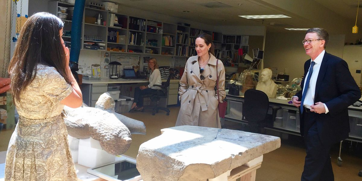 Angelina Jolie caught on camera exploring Cleveland Museum of Art