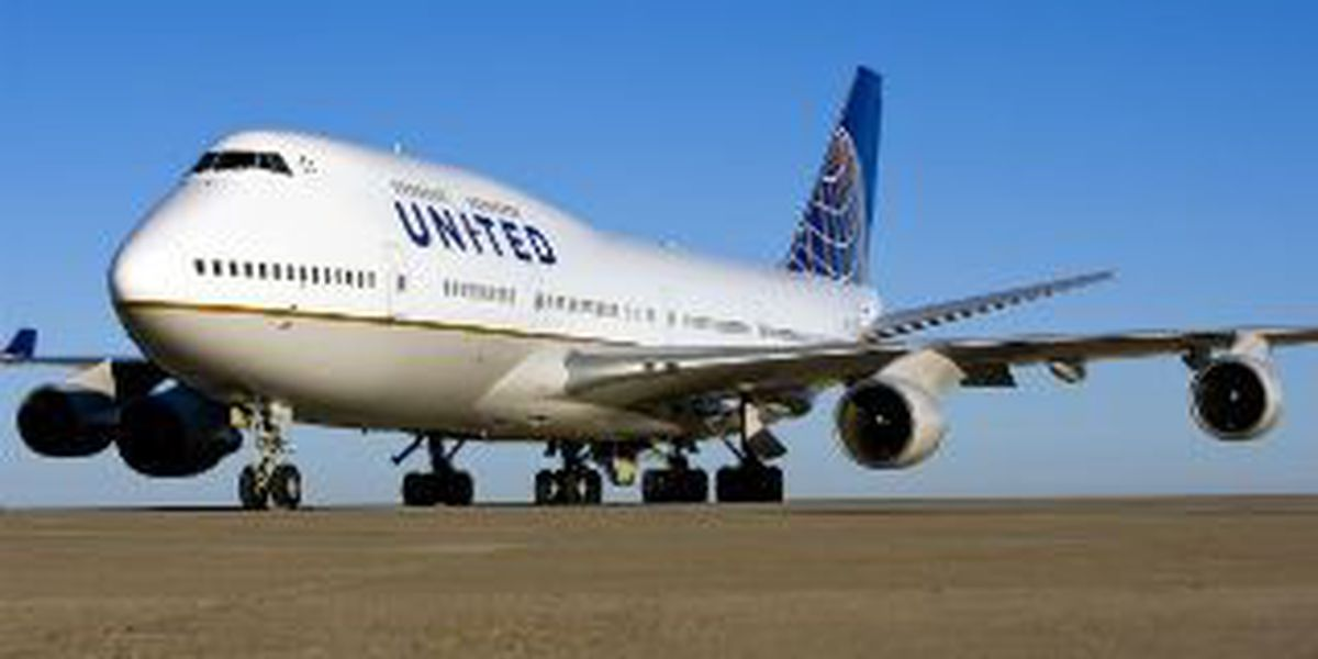 United Airlines will cut 470 jobs; employees react to the news