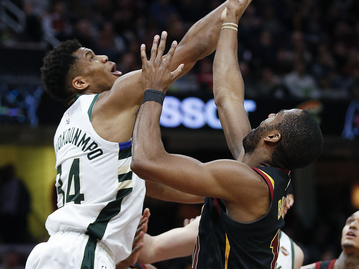 Cavs fall to the Bucks