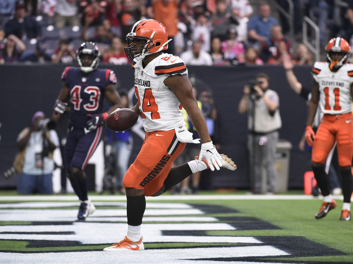 Cleveland Browns fighting to keep playoff hopes alive against Denver Broncos Saturday; game airing on Cleveland 19