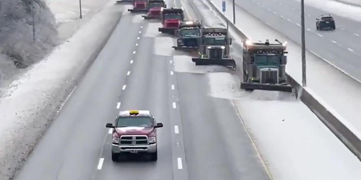 'Synchronized snow plowing is a thing!' in Kentucky