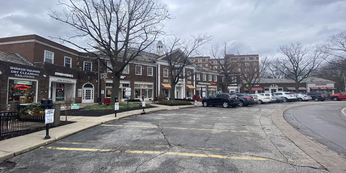 Shaker Square nears foreclosure, leaves tenants with uncertain future