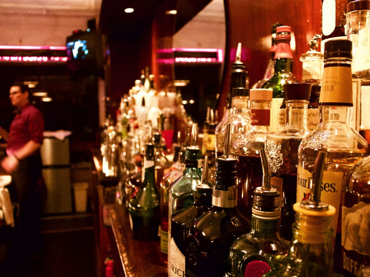 Iconic Cleveland cocktail bar Velvet Tango Room reopens for 1st time since pandemic