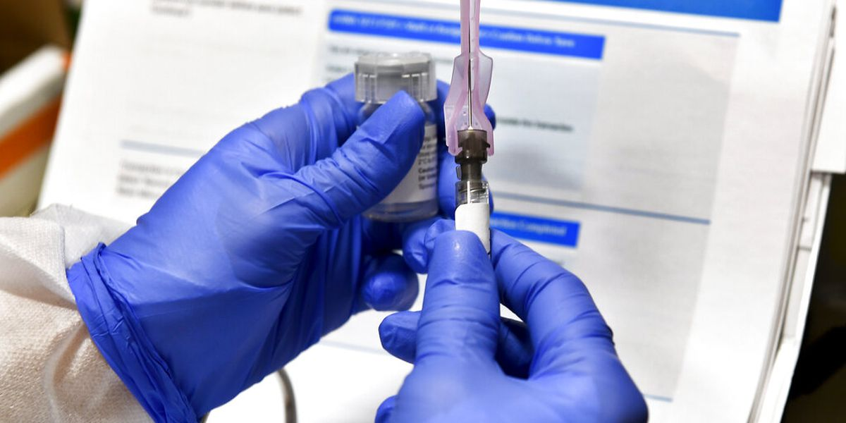 Moderna asking US, European regulators to OK its virus shots