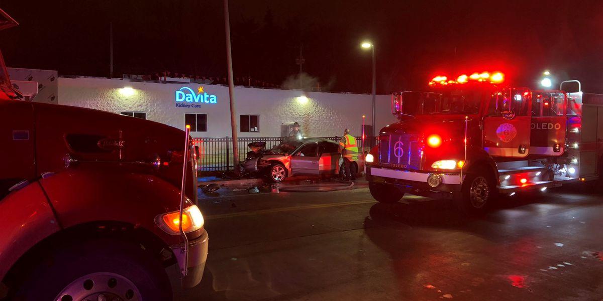 Good Samaritan pulls driver from burning car in East Toledo