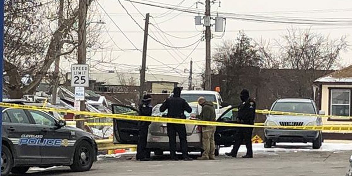 Man dies after being shot at gas station on Cleveland's West Side
