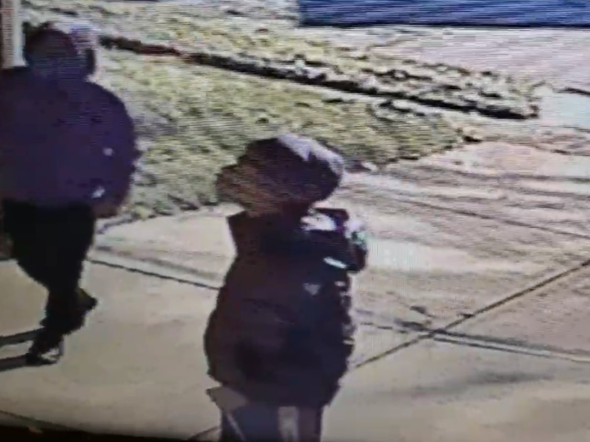 Euclid Police search for 2 males accused of breaking into garage and starting fire