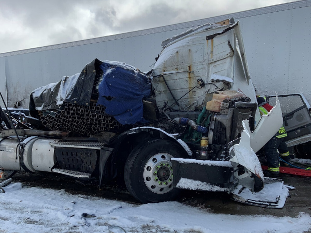 1 person killed in crash on Summit County stretch of Ohio Turnpike, numerous other accidents reported