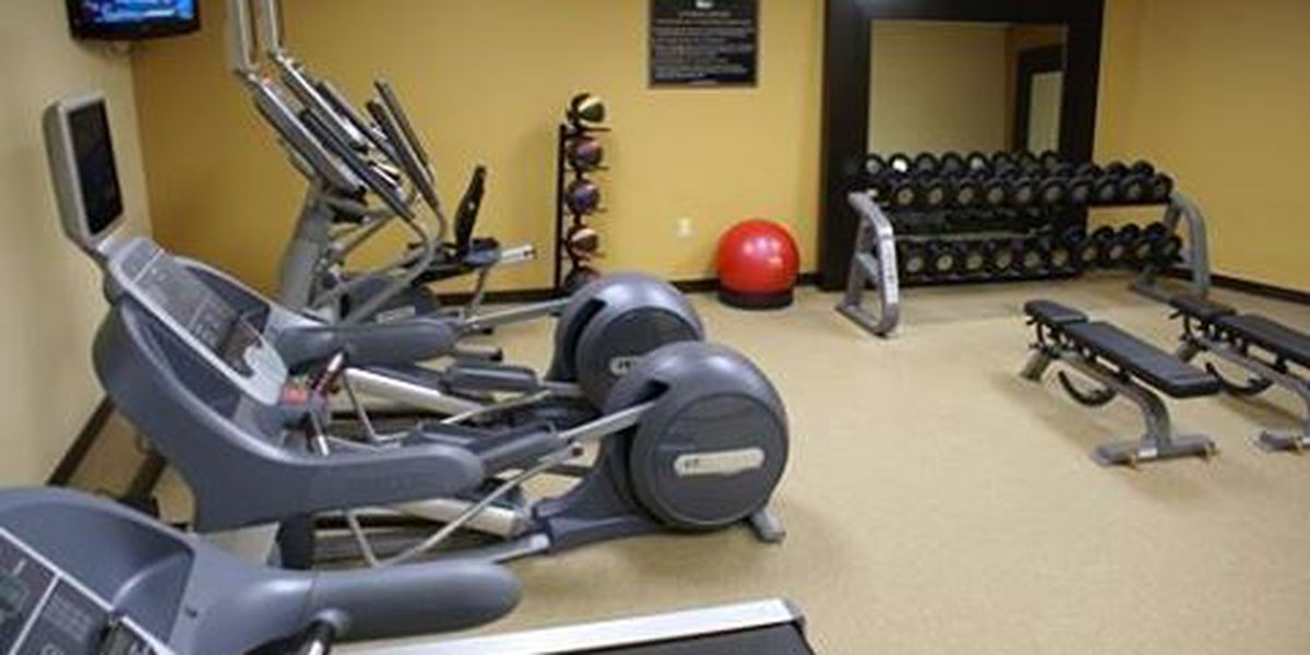 Police: 2 steal & sell exercise equipment from hotels