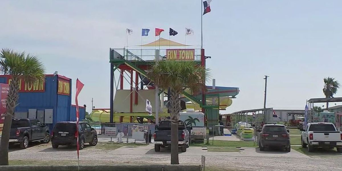 Teen hospitalized after getting sucked into Texas water park drain