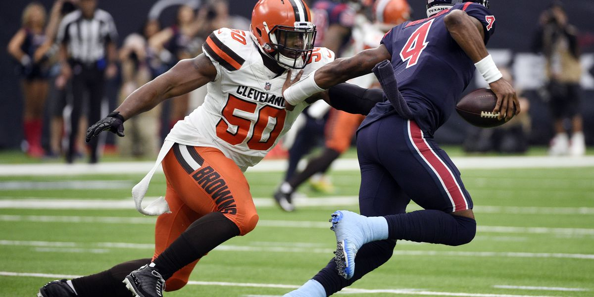 Cleveland Browns release defensive end Chris Smith