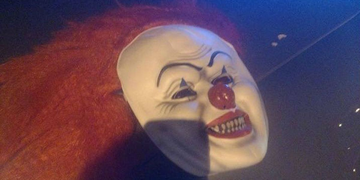 Ohio police: Thieves in 'IT' and skeleton masks steal cigarettes from gas station