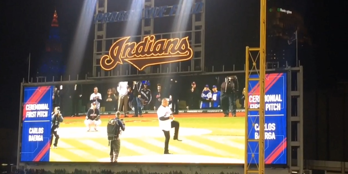 WATCH: Carlos Baerga throws out 1st pitch at World Series Game 2