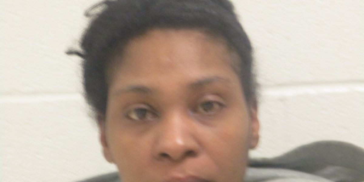 Cleveland woman wanted for assaulting officers while in possession of 7-inch knife