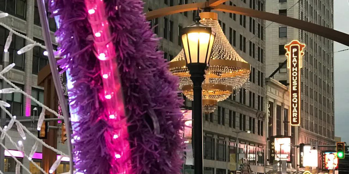A holiday selfie in Cleveland at Playhouse Square