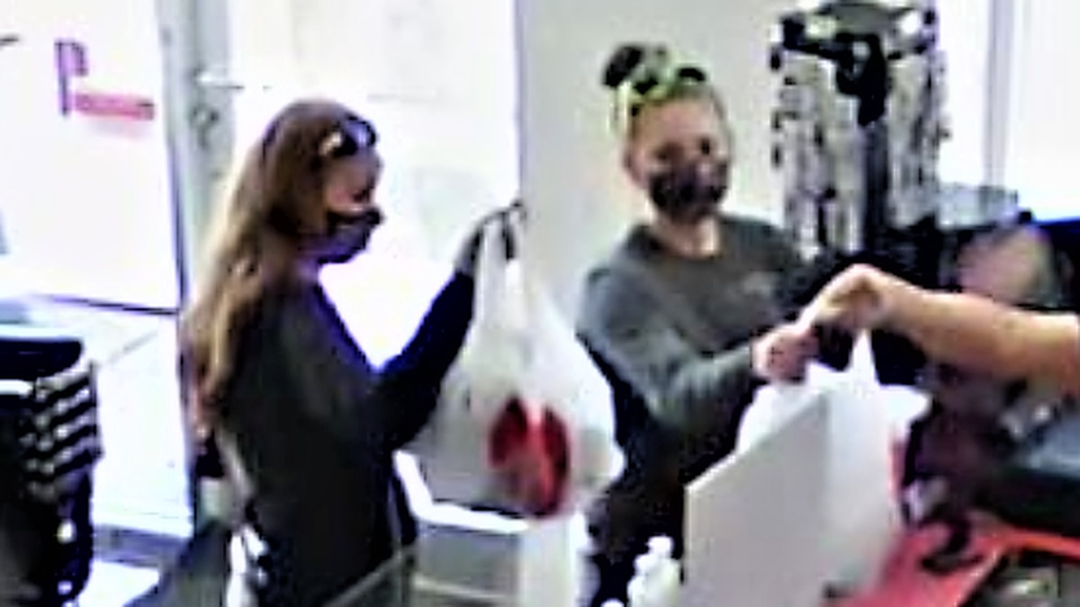 Cleveland Police search for duo accused of stealing car and using credit cards found inside