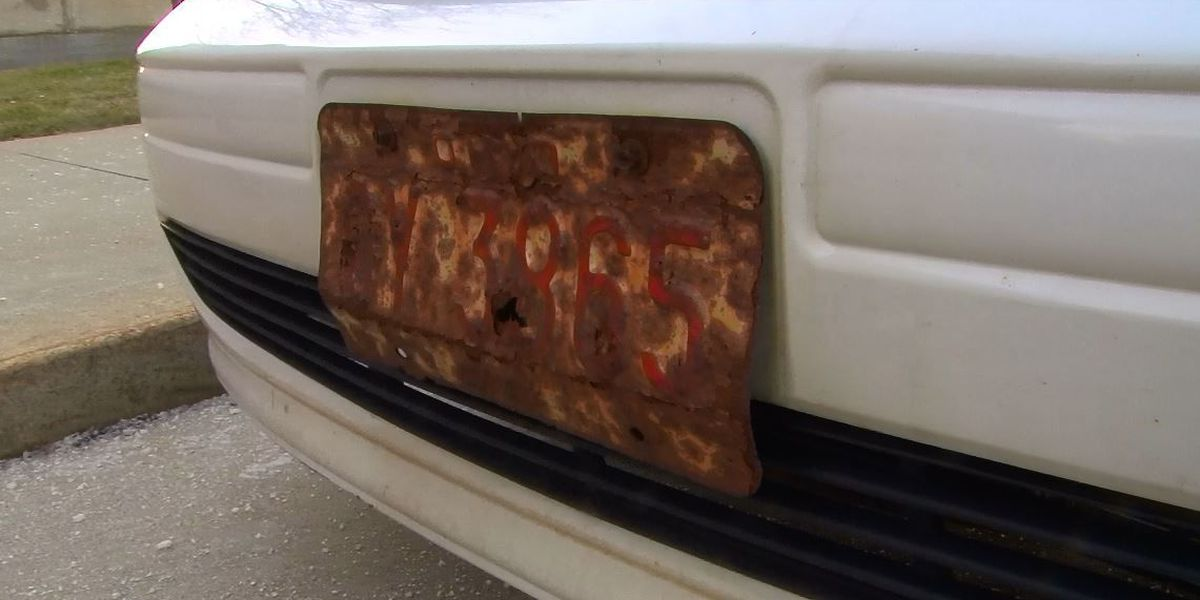 Carl Monday Investigates: CLE double standard on license plate enforcement?