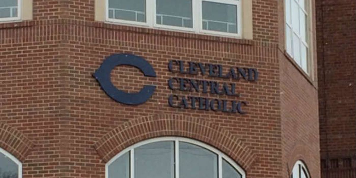 Cleveland Central Catholic coach being investigated for inappropriate messages