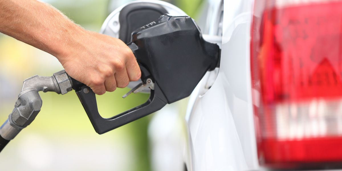 Gas prices falling in Tennessee as COVID-19 slows travel demand