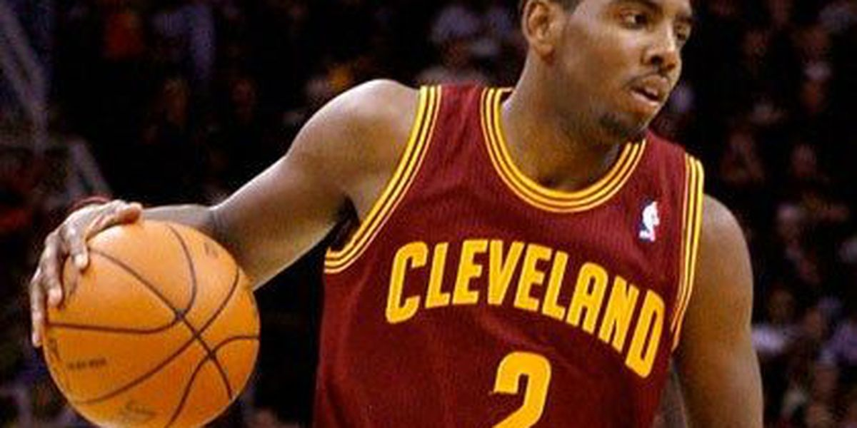 Cavs survive Kyrie injury scare, but not Thunder