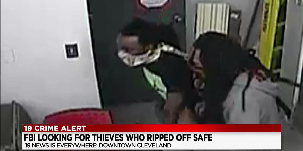 Suspects wanted by FBI for stealing CVS pharmacy safe during protests in downtown Cleveland
