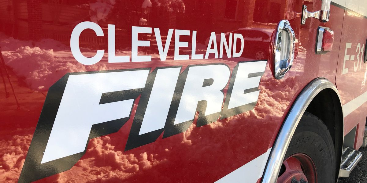 EMS: 2 injured in Cleveland house fire