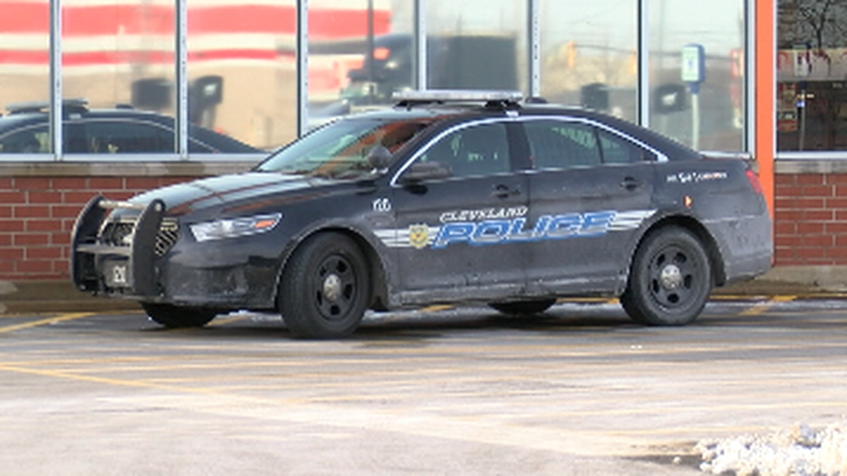 Cleveland policeman arrested for reckless driving and placed on restricted duty
