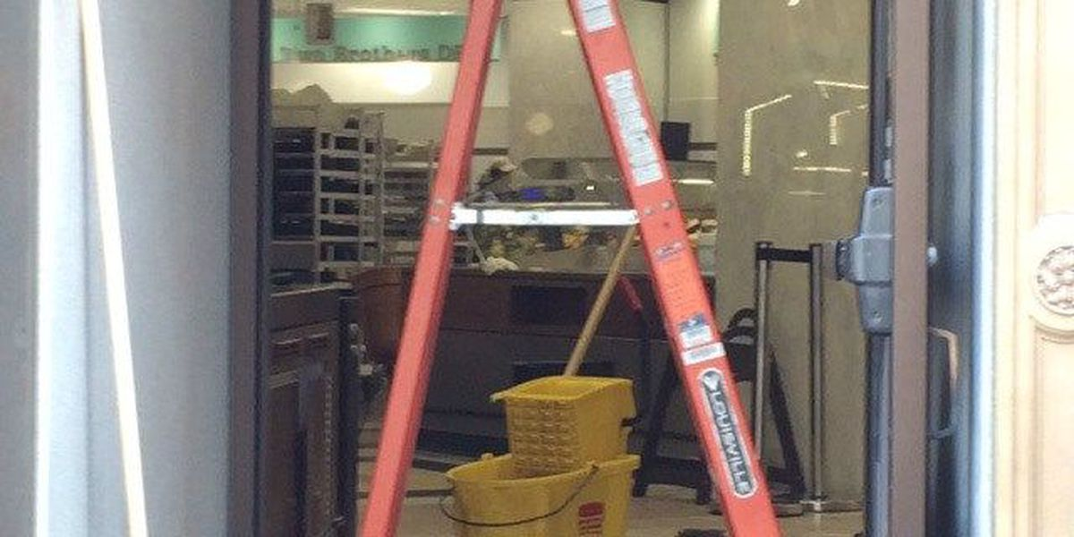 Downtown Heinen's reopens after electrical fire
