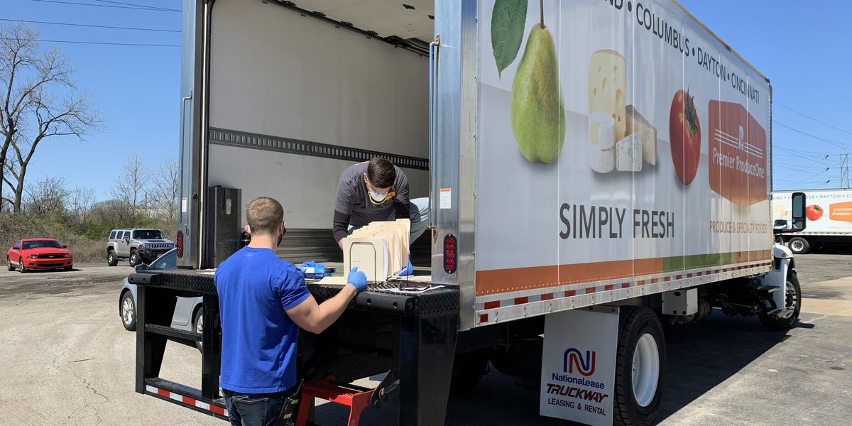 Cleveland produce wholesaler offering households vegetable and fruit boxes while restaurants remain closed in Ohio
