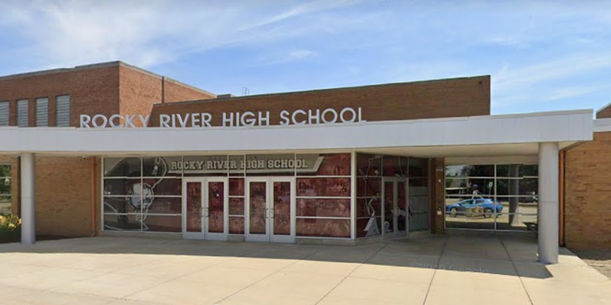 'Inappropriate' photos of high school student found on teacher's phone; 6 Rocky River staff members leave amid investigation