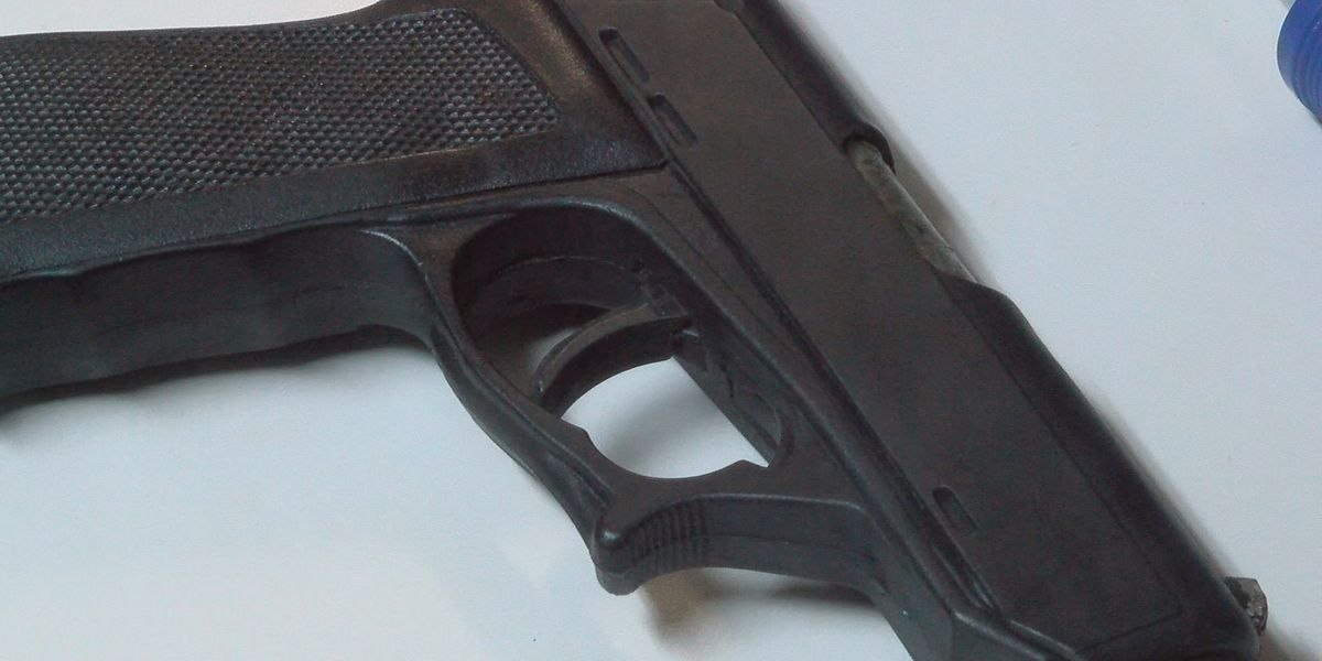 Cleveland Heights police warn of increase in gun thefts from cars
