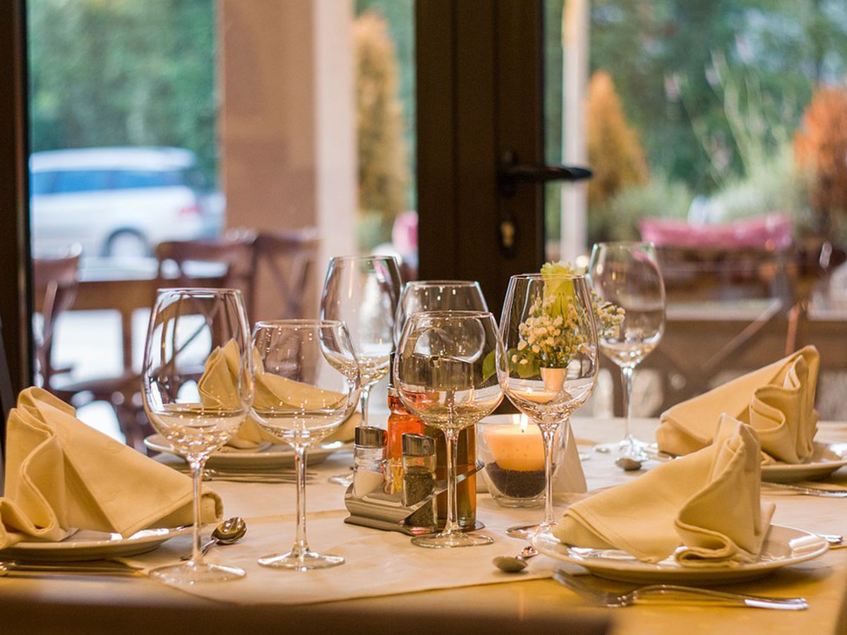 Restaurant reservations: Should no-shows be charged? The Taste Buds discuss