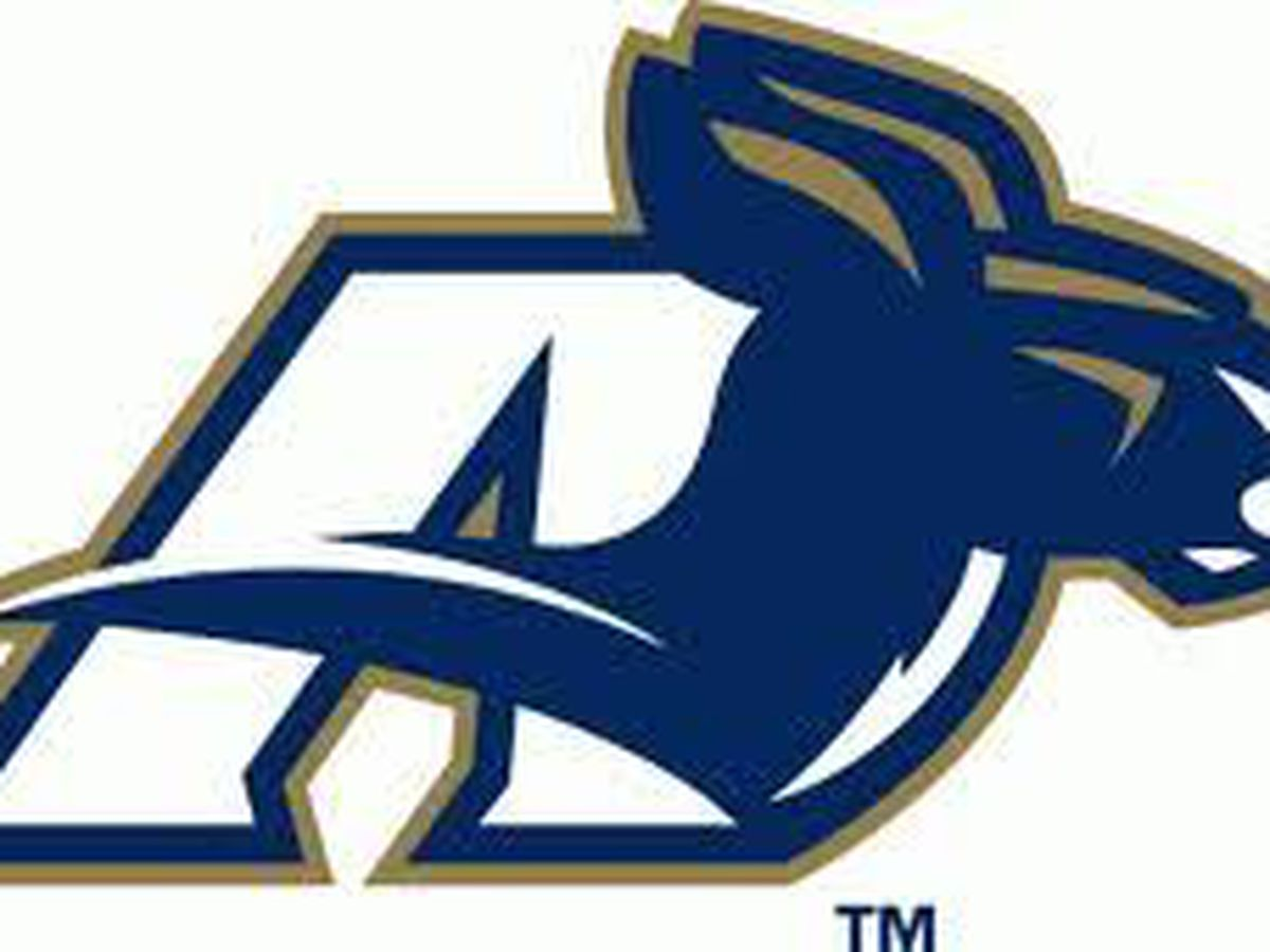 Akron Zips football team looking to bounce back from 0-12 season