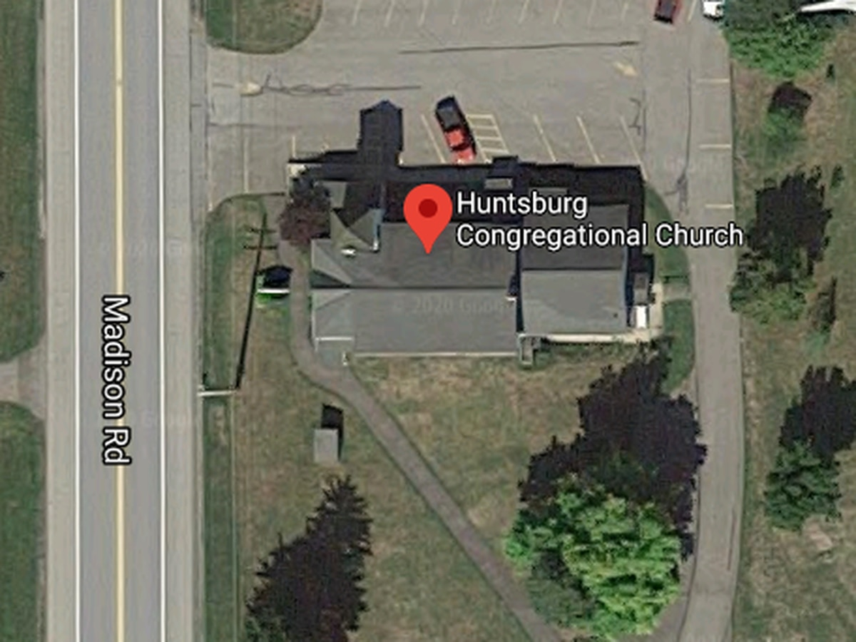 Crews responding to carbon monoxide poisoning at Huntsburg Congregational Church, Middlefield Fire Department says