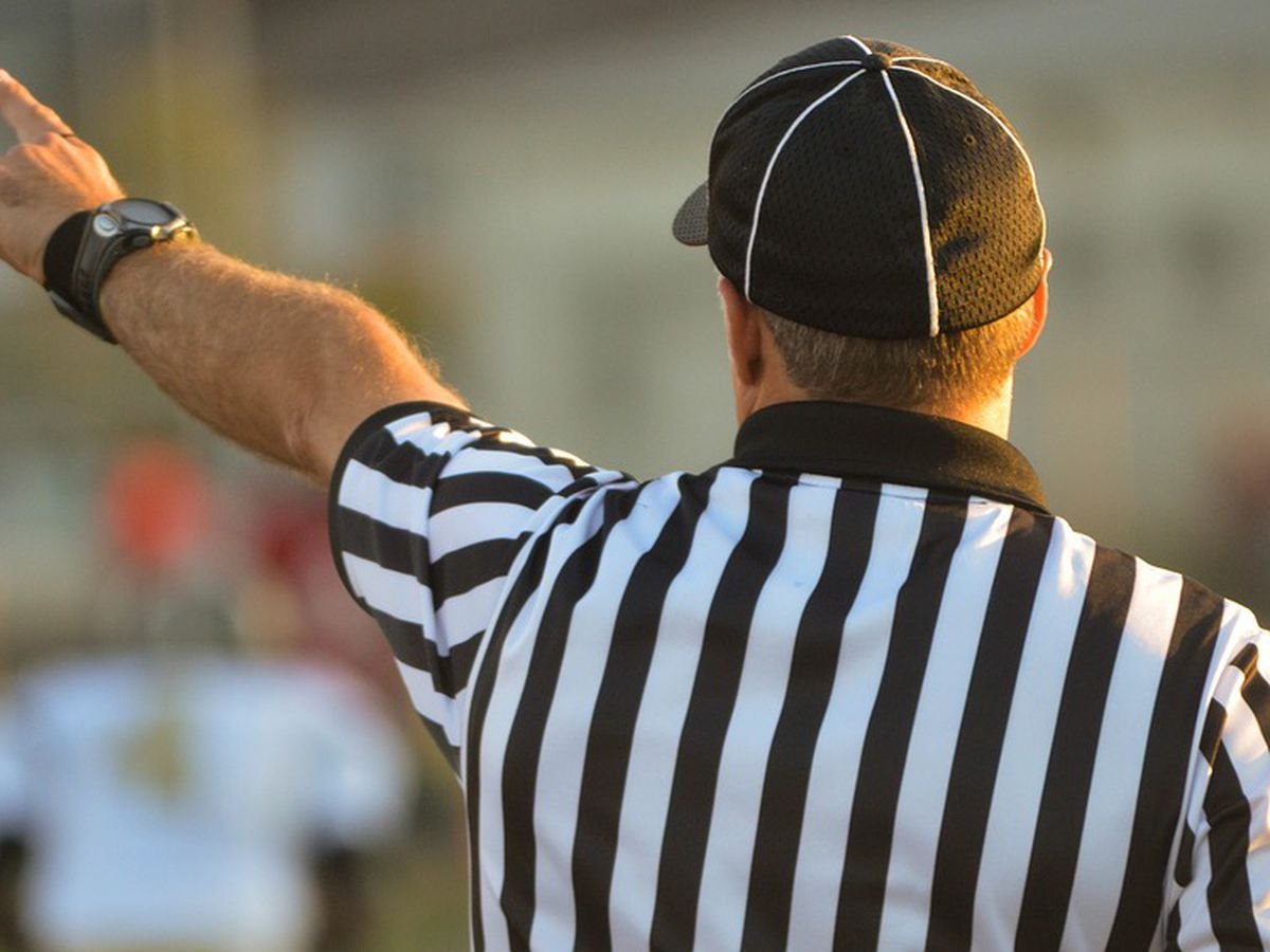 Ohio prosecutor wants teen who head-butted high school football referee to be tried as an adult (video)