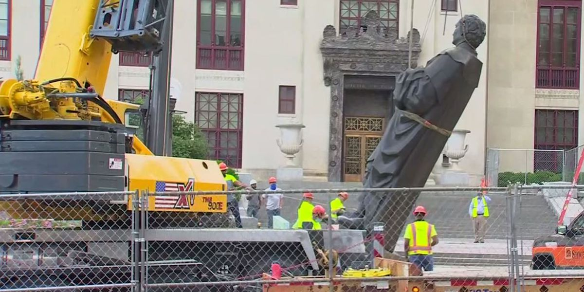 Christopher Columbus statue removed from Columbus City Hall