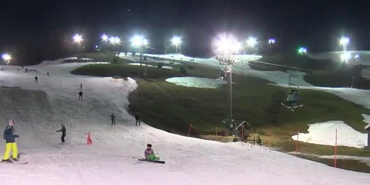Business steady at Boston Mills Ski Resort despite warm temperatures