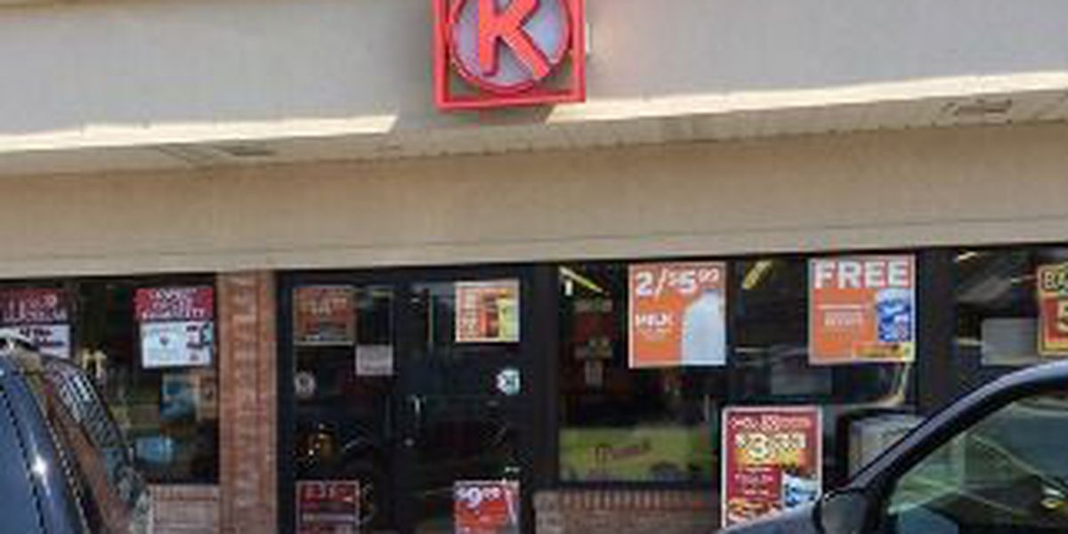 Store clerk shot in abdomen during attempted robbery