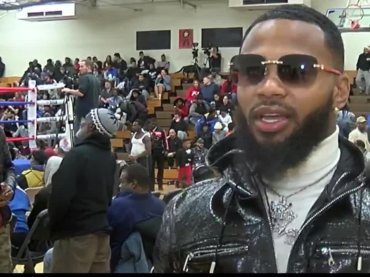 Boxing tournament aims to keep Cleveland youngsters off the streets