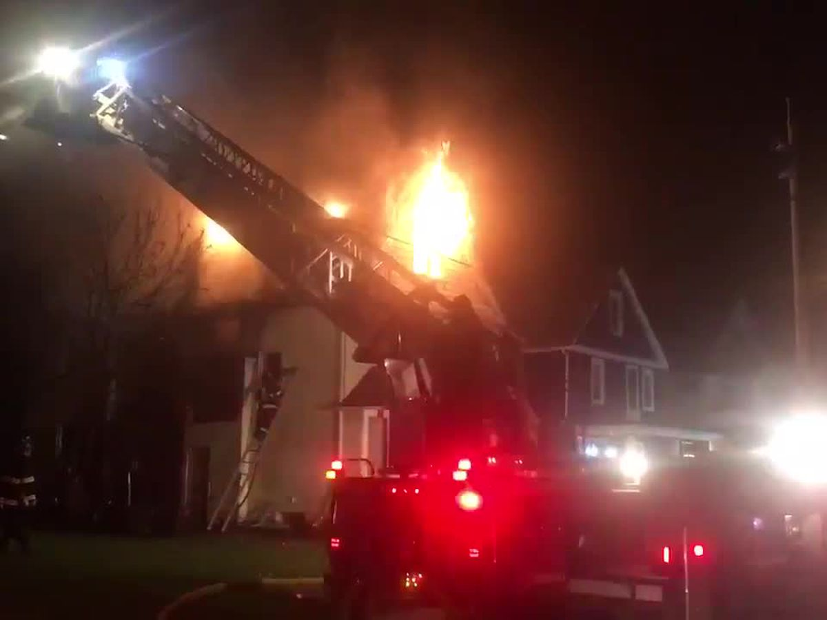 Vacant house fire on Cleveland's South Side under investigation