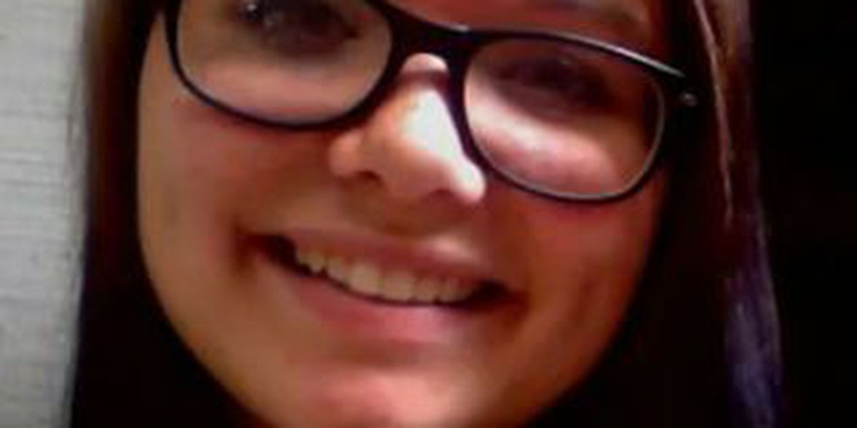 Akron: Missing 17-year-old Alexis Crouse
