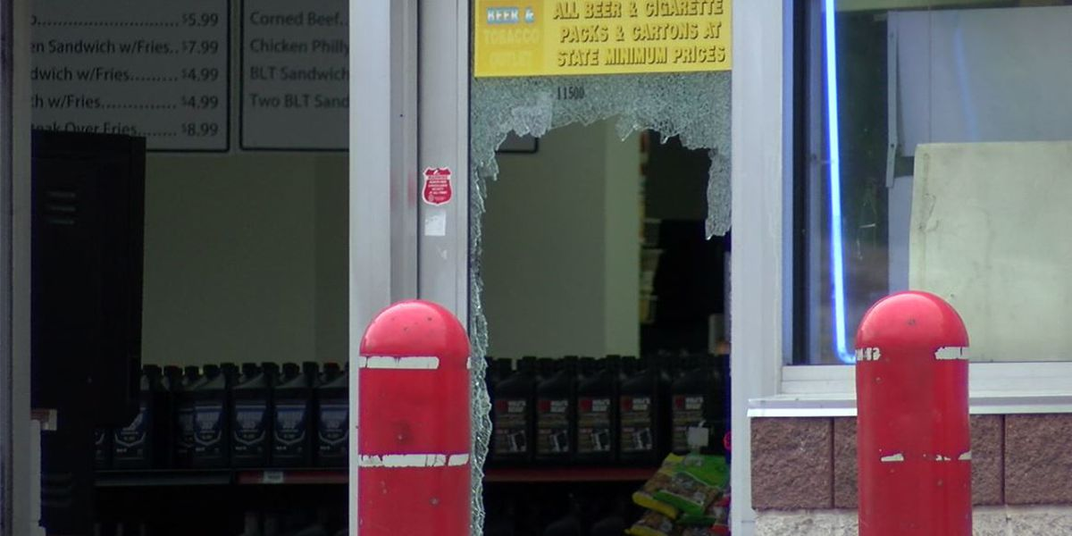 Man shot as gunman sprays bullets into Marathon Gas Station on Cleveland's East Side